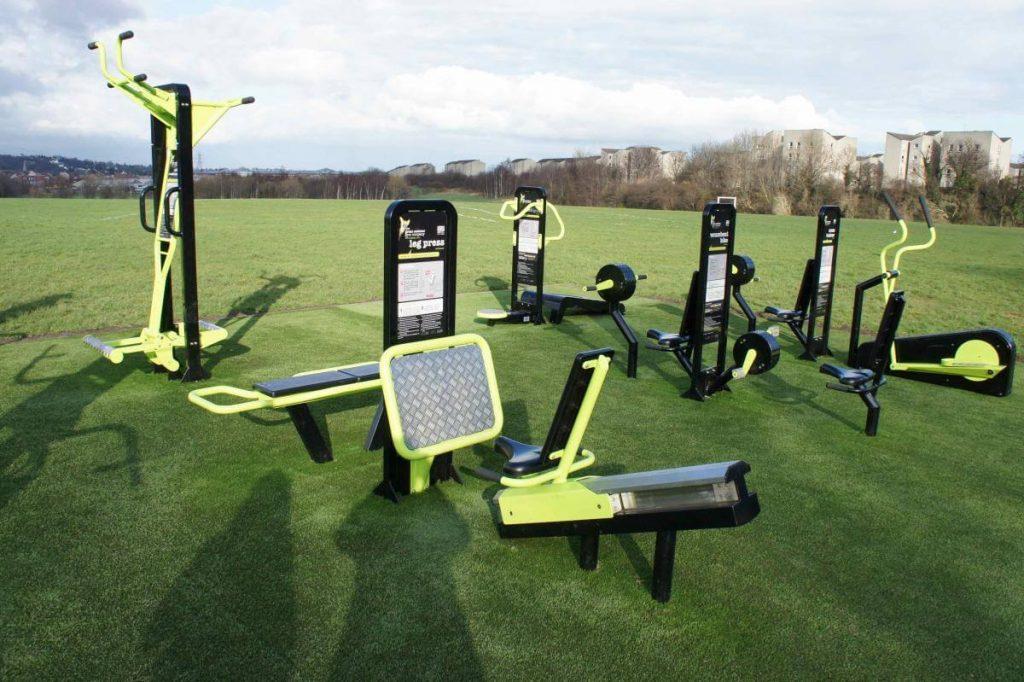 Conoce estos gimnasios al aire libre que generan su propia energía eléctrica
