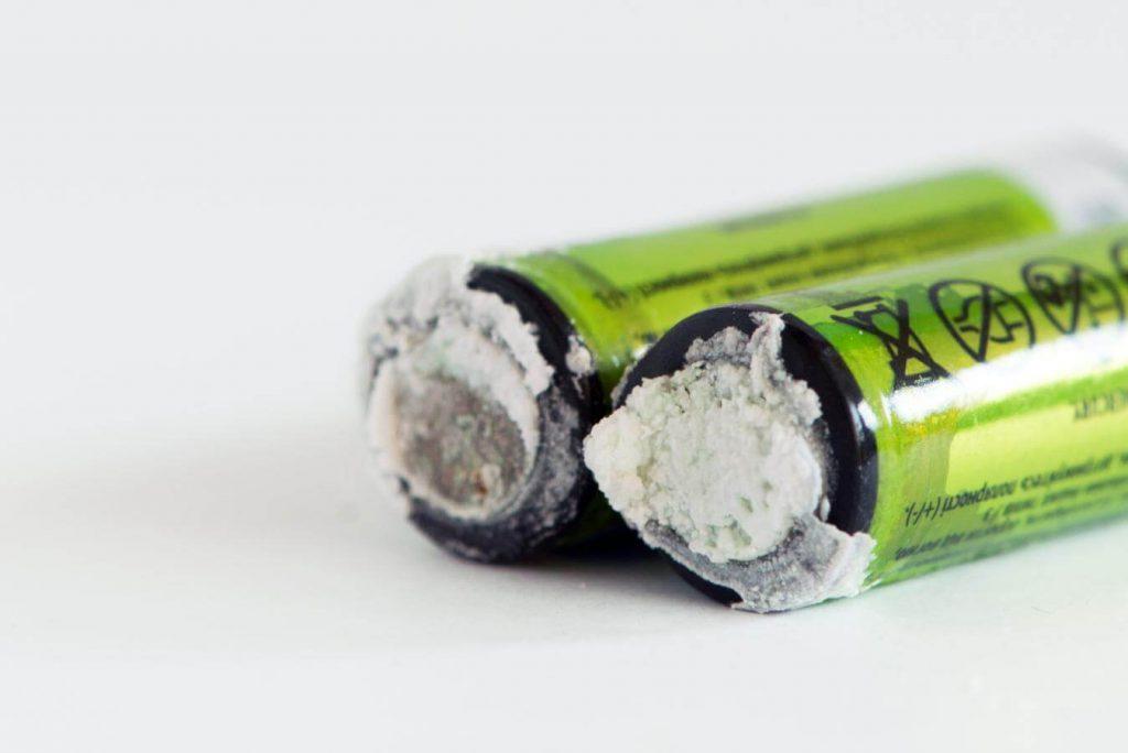 Impacto de las pilas en el medio ambiente debido a las sustancias tóxicas que contienen