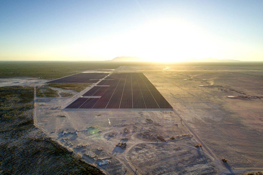 Plantas de energía solar fotovoltaica más grandes del mundo, Parque Solar Villanueva